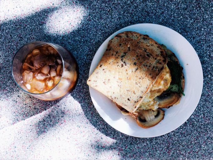 ゴールドコーストでつくった水出しコーヒーとグルテンフリーパンでブランチ