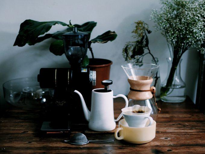 メルボル自宅のホームブリューコーヒーツールズ