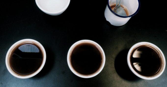3種の水でいれたコーヒー